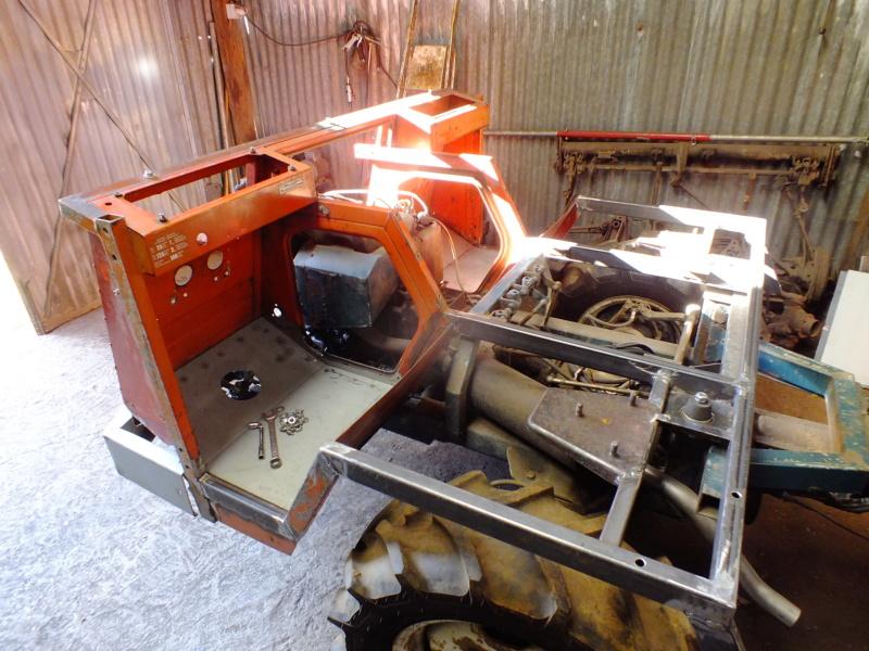 la Marque REFORM - Tracteur routier et materiel agricole  Dscf1014