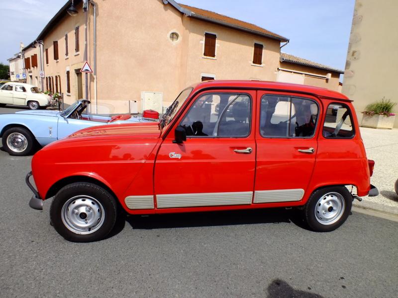 """La Renault R4 dit aussi """""""" Quatrelle """""""" Dscf1112"""