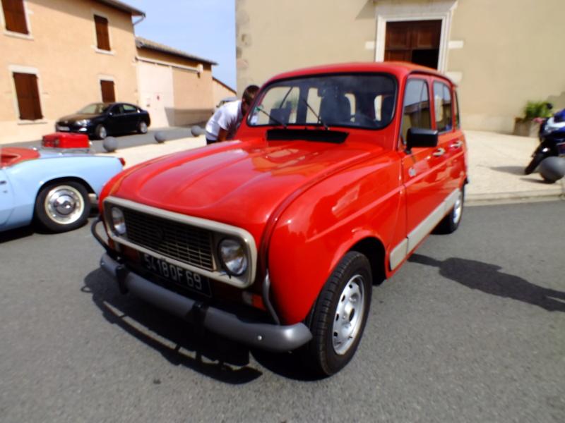 """La Renault R4 dit aussi """""""" Quatrelle """""""" Dscf1114"""