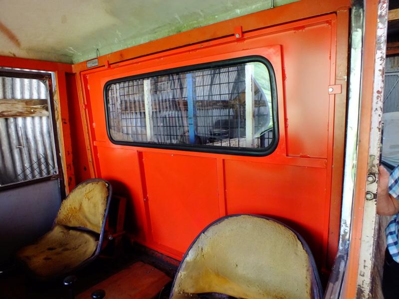 la Marque REFORM - Tracteur routier et materiel agricole  Dscf1219