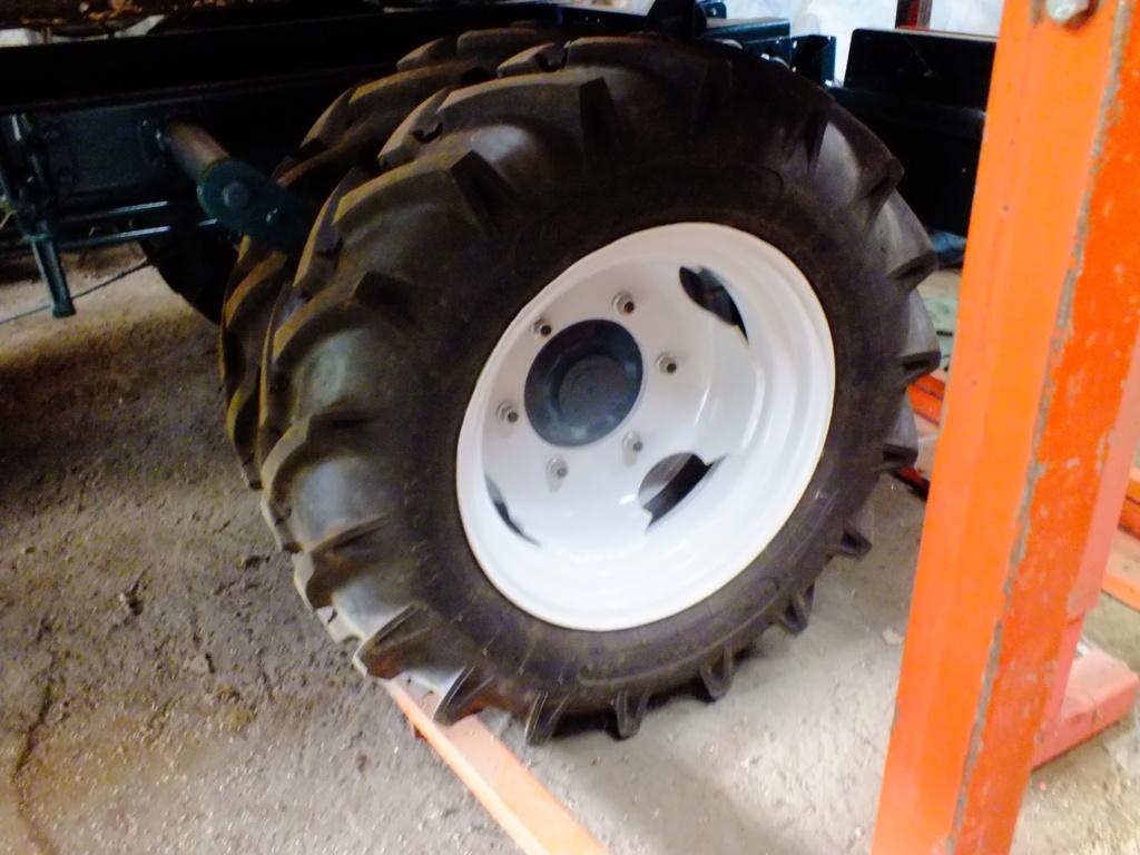 la Marque REFORM - Tracteur routier et materiel agricole  Dscf1916