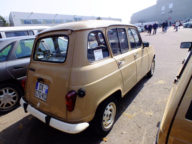 """La Renault R4 dit aussi """""""" Quatrelle """""""" Dscf2110"""