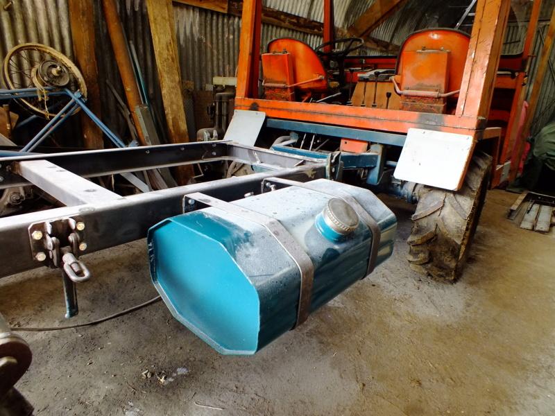 la Marque REFORM - Tracteur routier et materiel agricole  Dscf2513