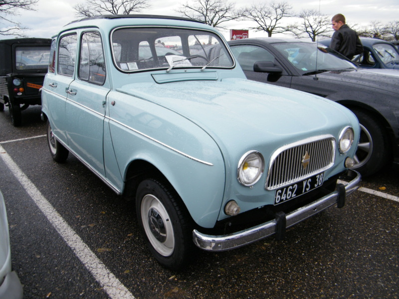 """La Renault R4 dit aussi """""""" Quatrelle """""""" Dscf3915"""