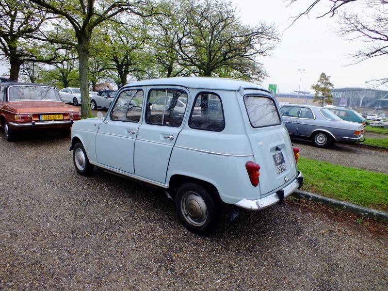 """La Renault R4 dit aussi """""""" Quatrelle """""""" Dscf5412"""