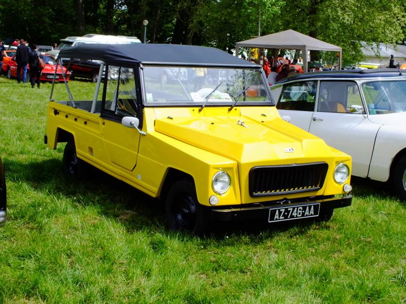 """La Renault R4 dit aussi """""""" Quatrelle """""""" Dscf8111"""
