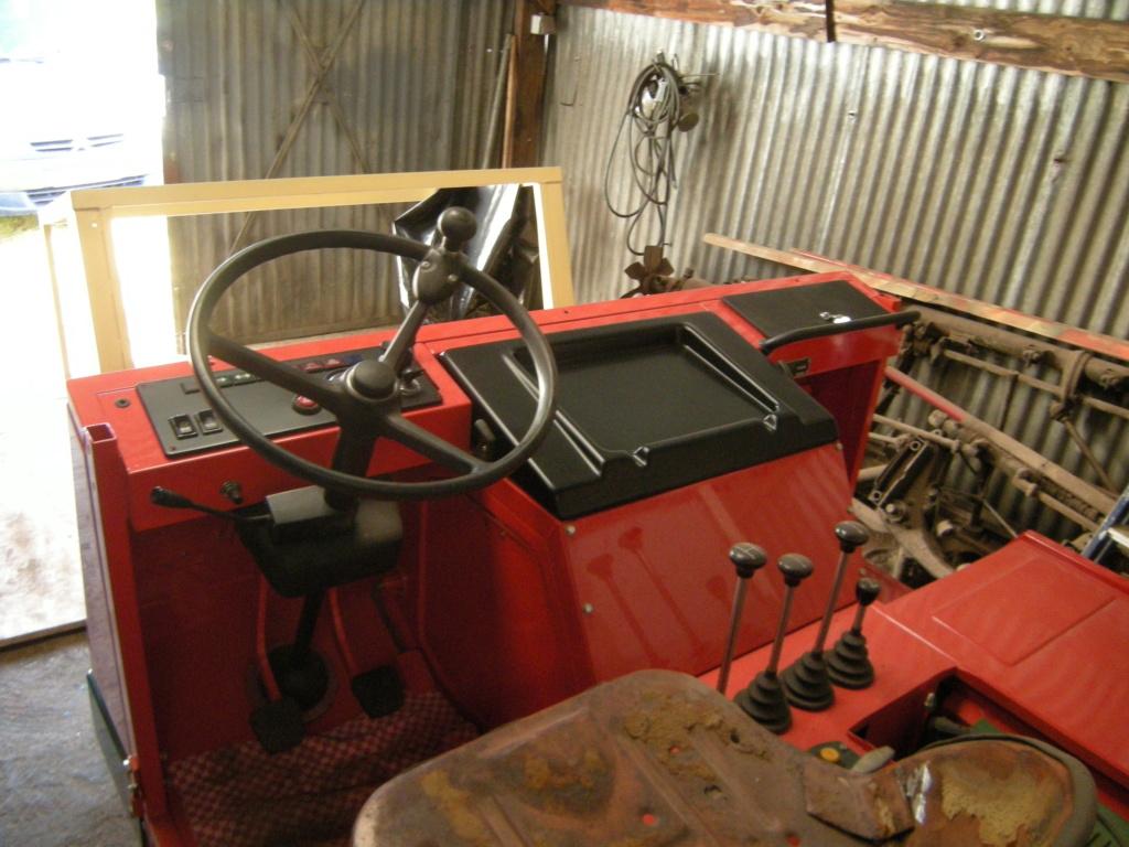 la Marque REFORM - Tracteur routier et materiel agricole  Dscn0121