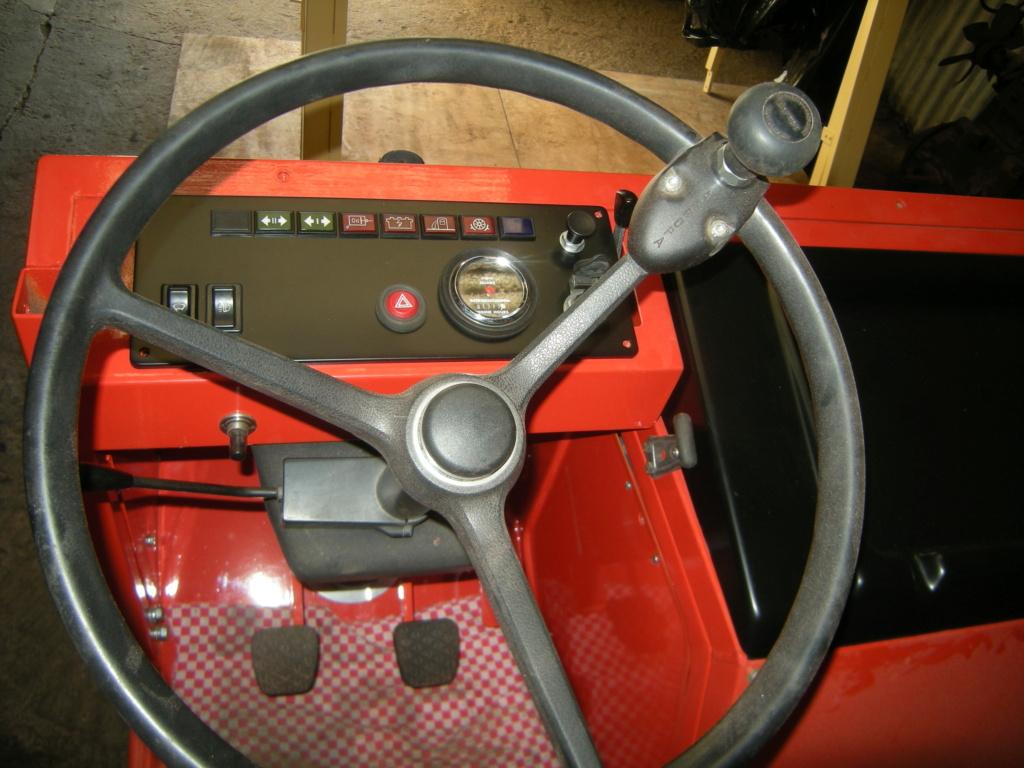 la Marque REFORM - Tracteur routier et materiel agricole  Dscn0124