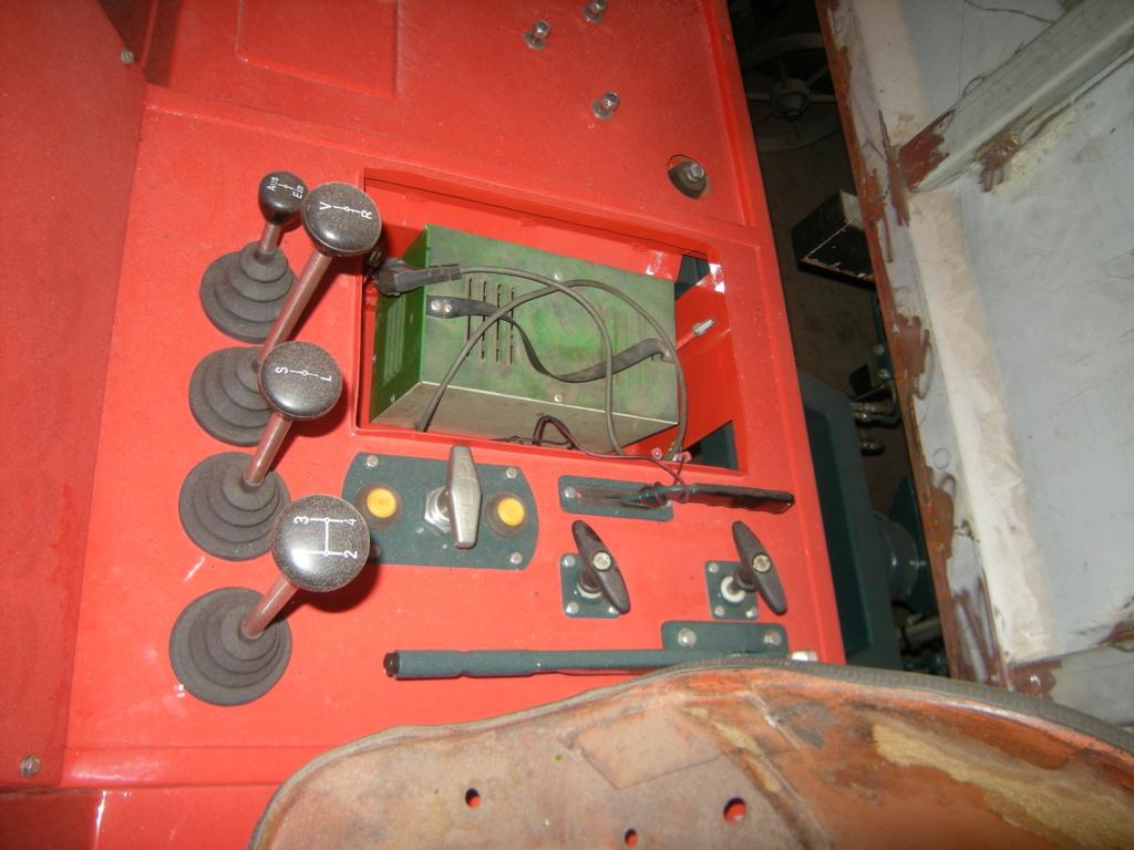 la Marque REFORM - Tracteur routier et materiel agricole  Dscn0125