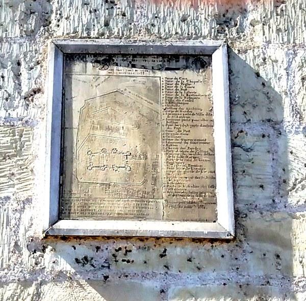 La prison forteresse de la Bastille et sa démolition - Page 3 Bastil10