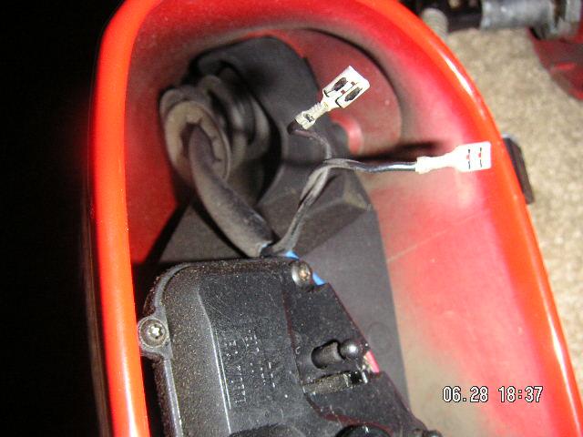 comment démonter miroir du rétroviseur sans casser Image010