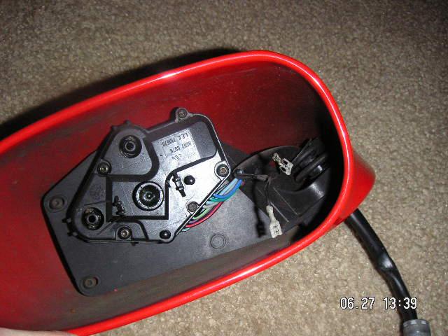 comment démonter miroir du rétroviseur sans casser Image012