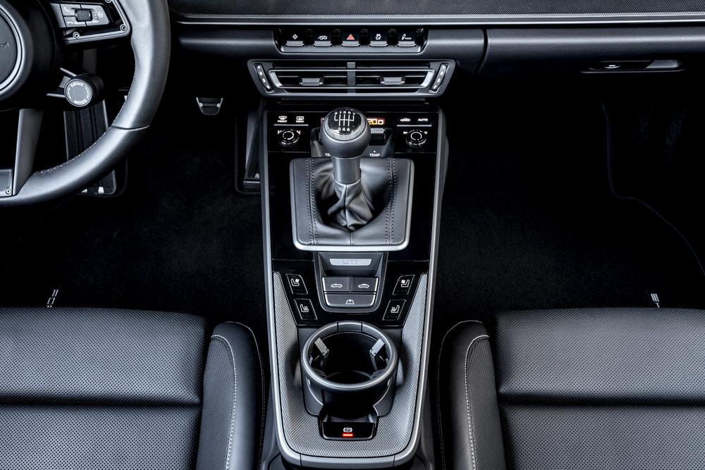Boîte manuelle à 7 rapports sur la Porsche 911 211