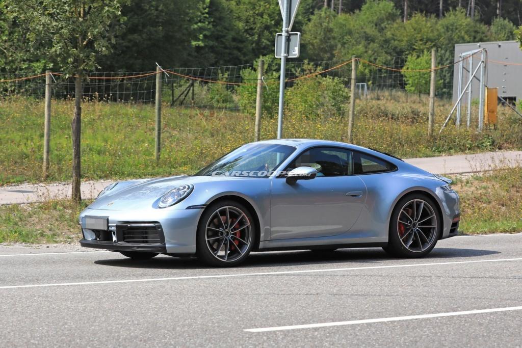 Porsche 992 photos 40965110