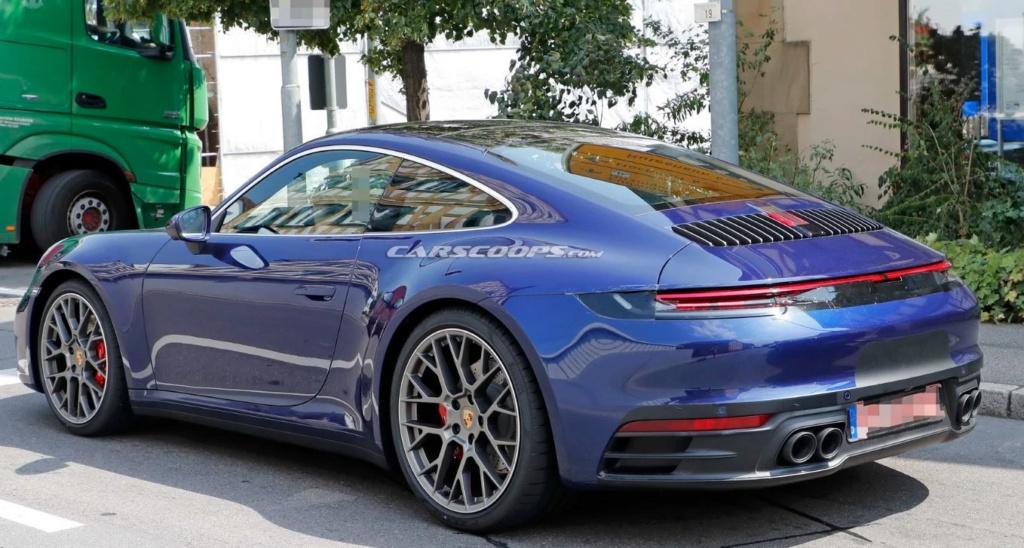 Porsche 992 photos 6captu10
