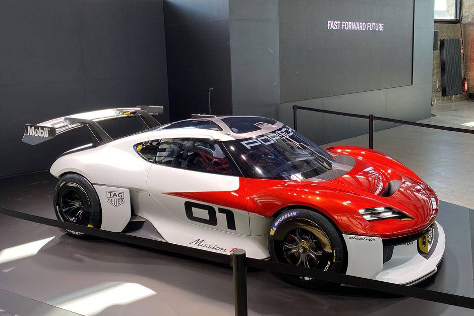 Porsche concept Mission R Img21110