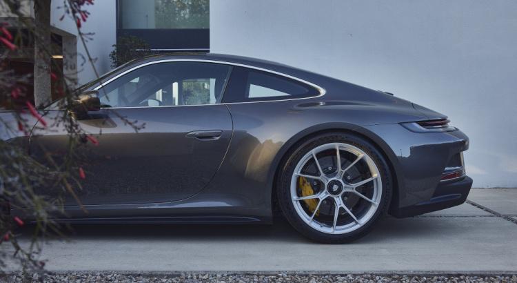 Porsche 992 GT3 Touring Porsch44