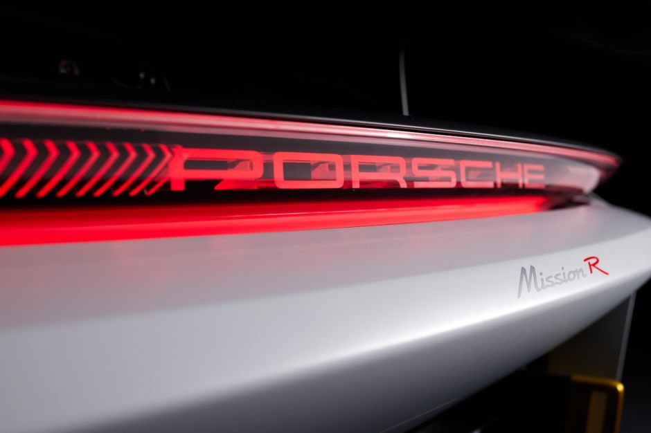 Porsche concept Mission R Porsch65