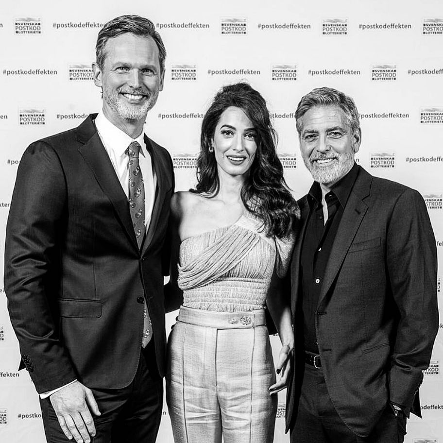 George and Amal in Sweden tonight with Amnesty International and PostcodeLottery 199ric10