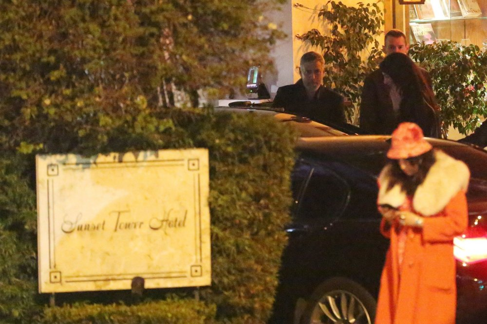 George Clooney looks dapper as he leaves romantic dinner with wife Amal and hops into a taxi in Hollywood   92624910
