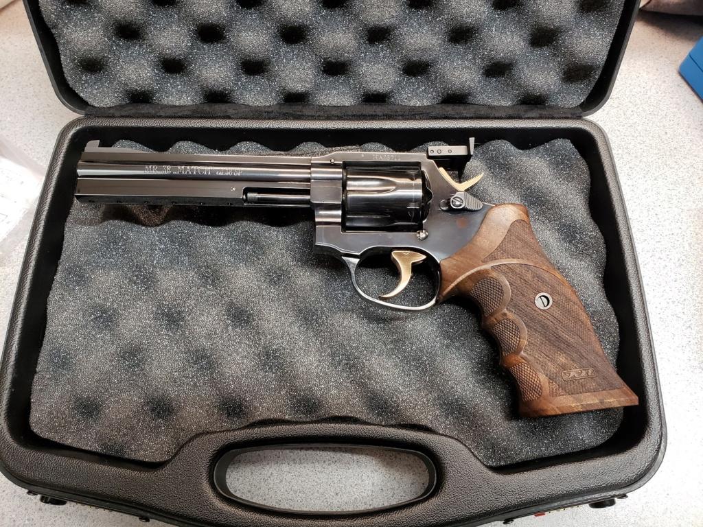 Revolver Grips 20201010