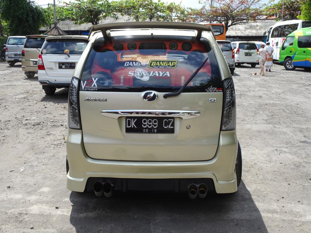 Insolite vu à Bali Dsc00812