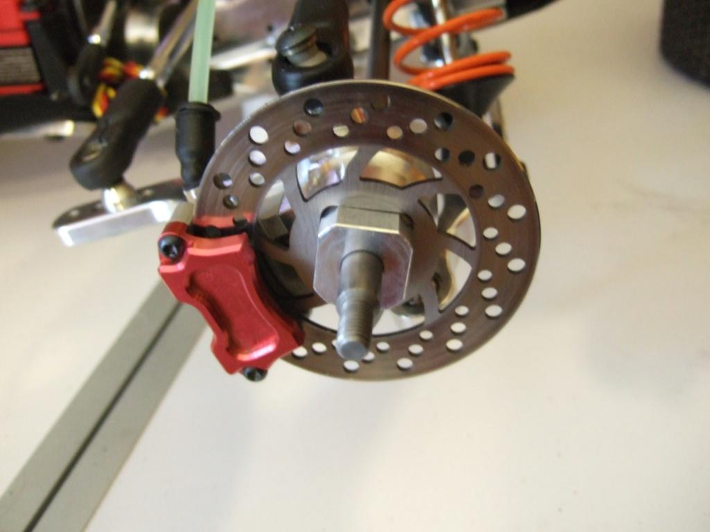 DEMANDE D'INFO étriers de frein.  Dscf5110