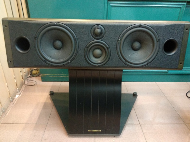 Sonus Faber Cremona Center with Stand (Used) Reduced Img_2018