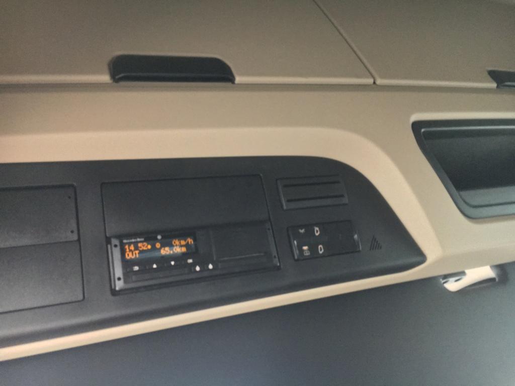 Mercedes Actros MP 5 (sans rétroviseurs) 75595610