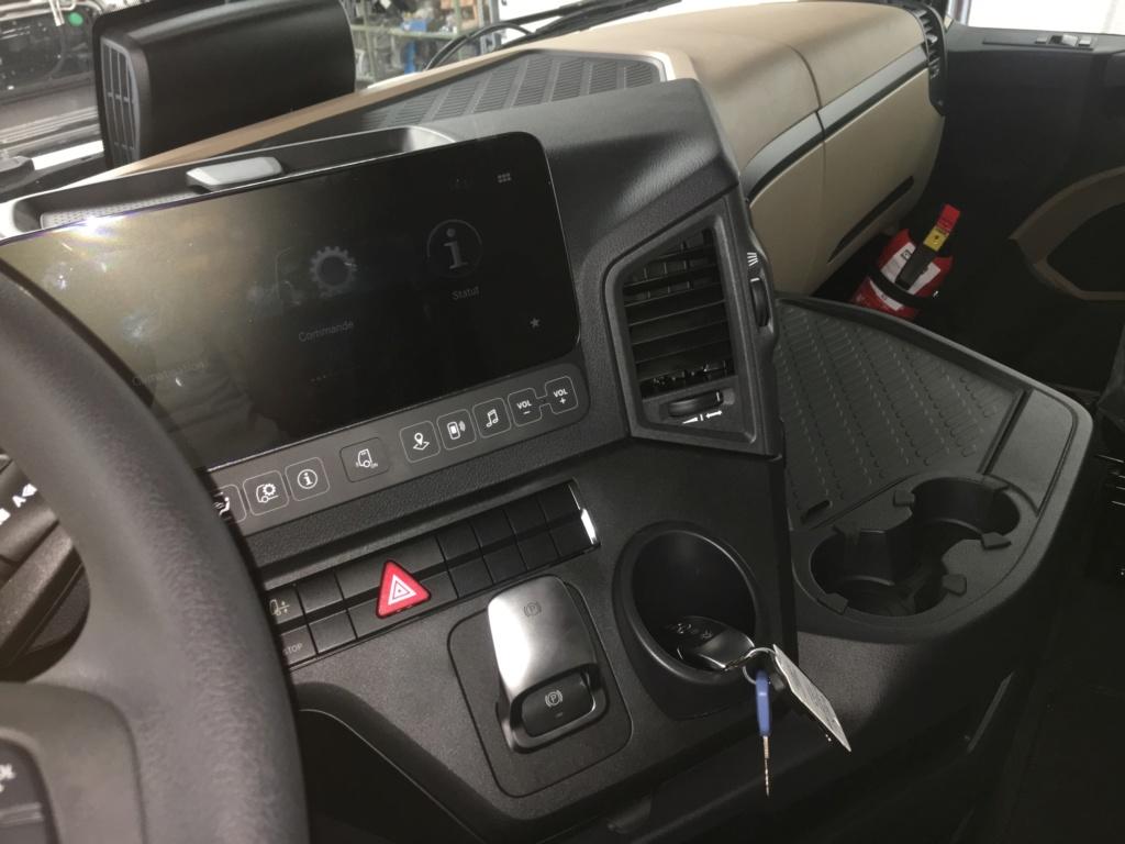Mercedes Actros MP 5 (sans rétroviseurs) E1bc7c10