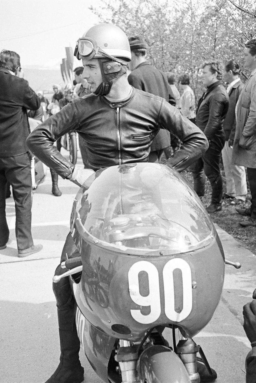 [Road racing] CLASSIC TT et MANX GP 2018 . - Page 11 1967_010