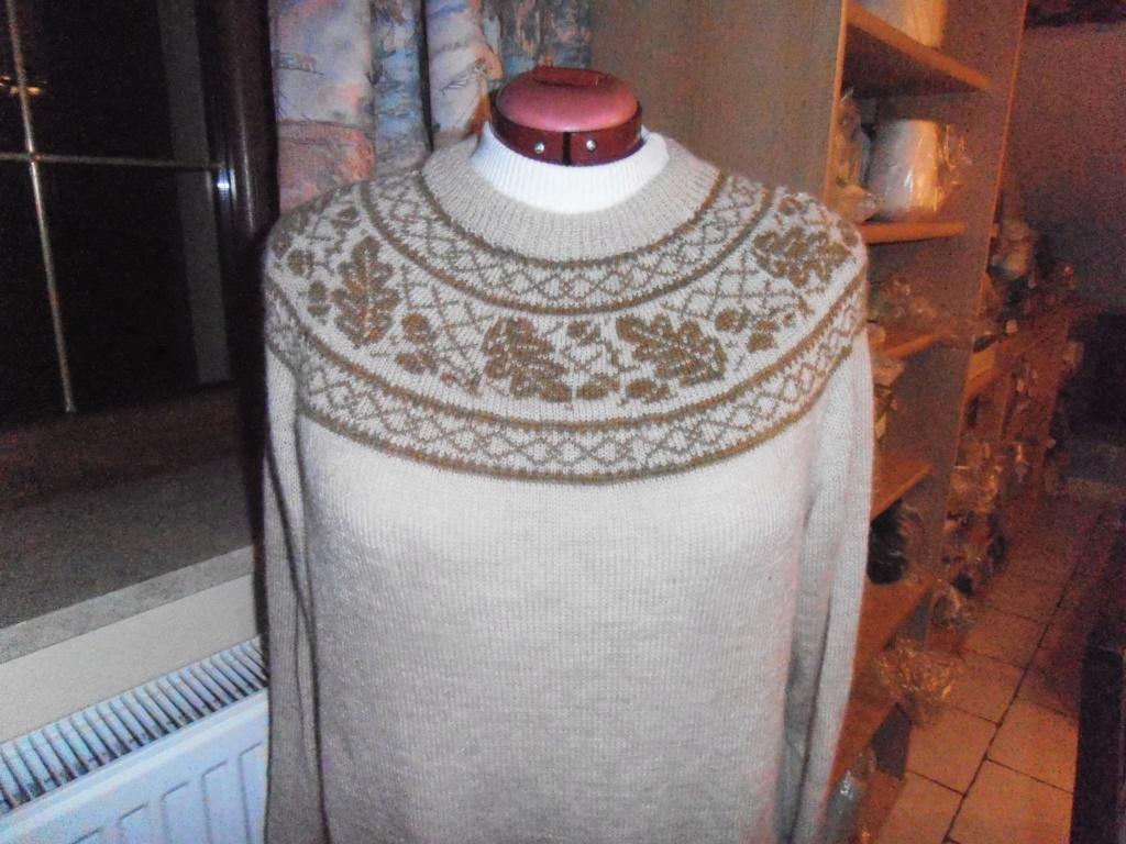 Motif en rond tricot norvégien  Pull_y10