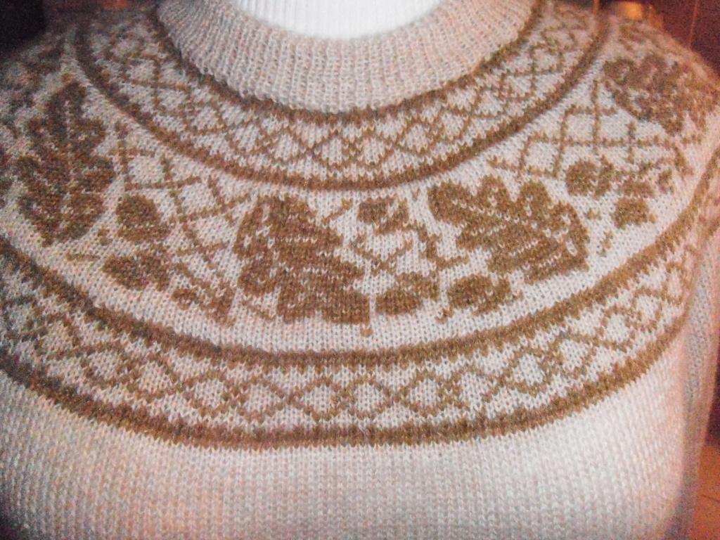 Motif en rond tricot norvégien  Pull_y12