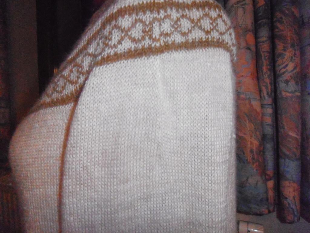Motif en rond tricot norvégien  Pull_y15