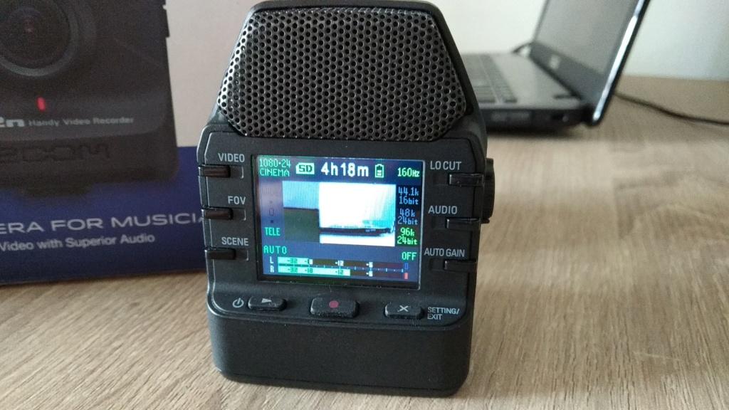 Zoom q2N handy video recorder Img_2018