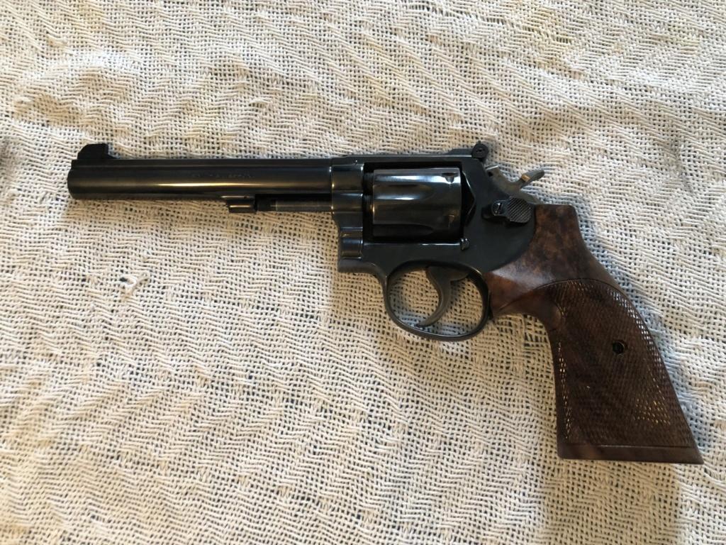 Revolver grips? 24b47010