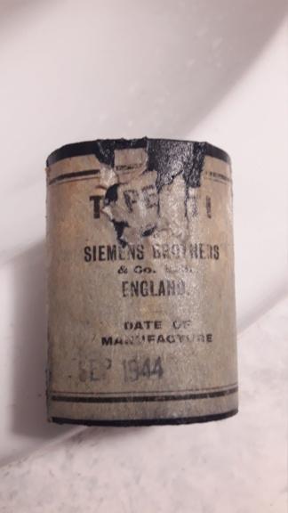 British signalling torch, sa sangle, et sa pile... 20191027
