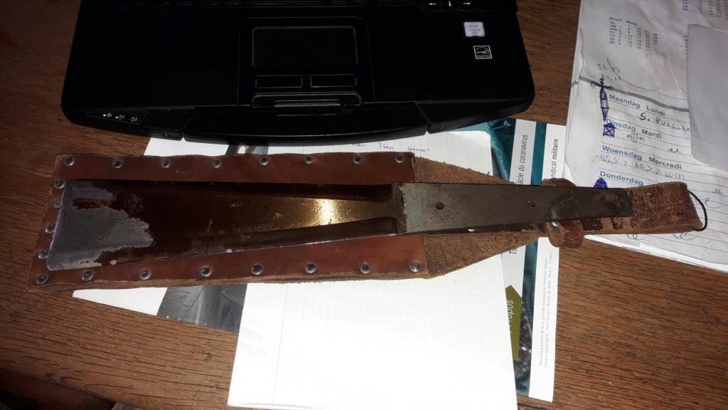 Sauveur de couteaux 20200630