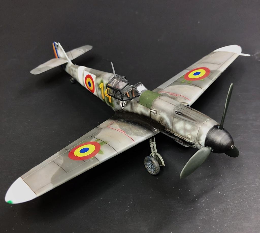 Bf 109 G2 dans l'Aviation Royale Roumaine en fin 1944 début 1945.  05118510