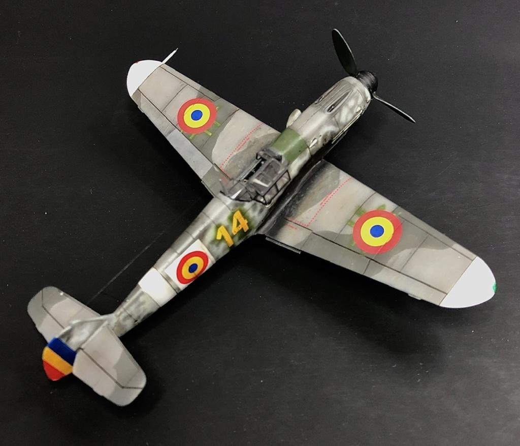 Bf 109 G2 dans l'Aviation Royale Roumaine en fin 1944 début 1945.  05bc8810