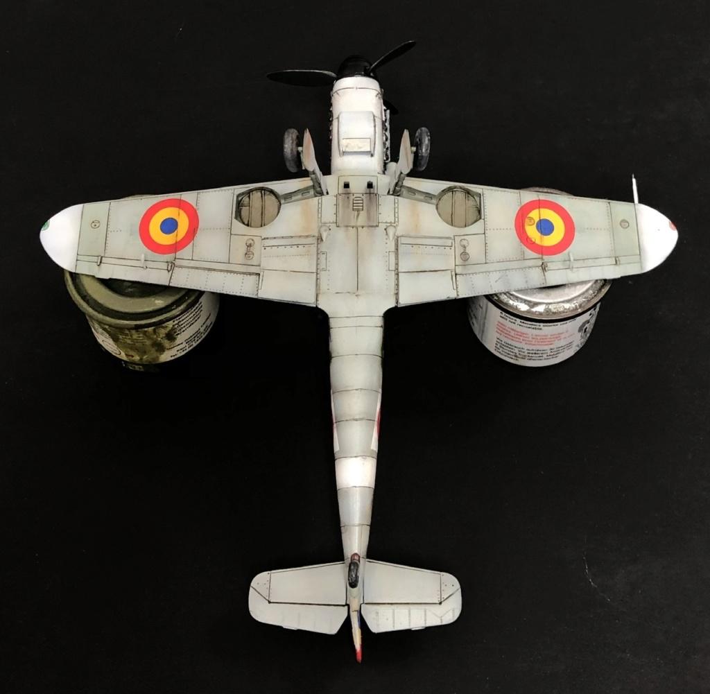 Bf 109 G2 dans l'Aviation Royale Roumaine en fin 1944 début 1945.  69918f10