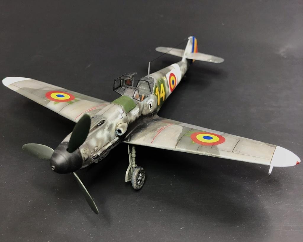Bf 109 G2 dans l'Aviation Royale Roumaine en fin 1944 début 1945.  D21d0410