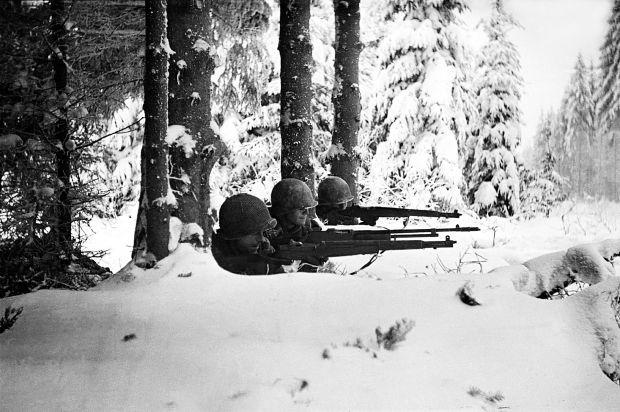 "CR Ardennes 44 de GMT ""Twilight of the panzerdivisionen"" Estern10"