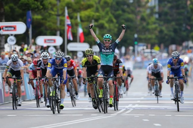 Cadel Evans Great Ocean Road Race 1.UWT AUS (2ª Cat)  Tdw77010