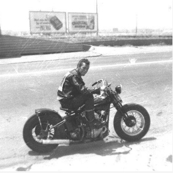NOSTALGIA vieilles photos H-D d'époque - Page 39 Capt3550
