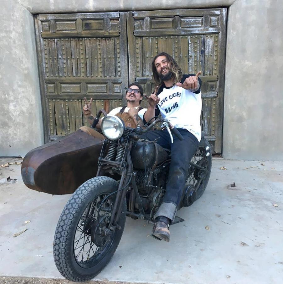 Rouler en Harley ancienne - Page 4 Captu132