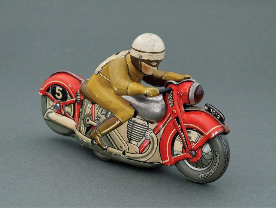 Jouets, jeux anciens et miniatures sur le monde Biker - Page 24 Captu237