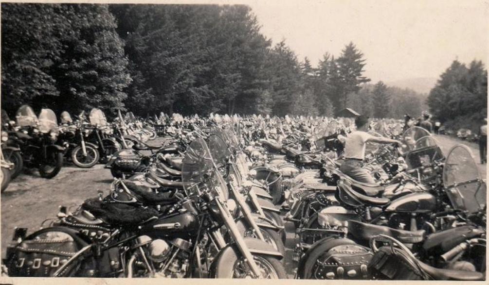 NOSTALGIA vieilles photos H-D d'époque Captu459
