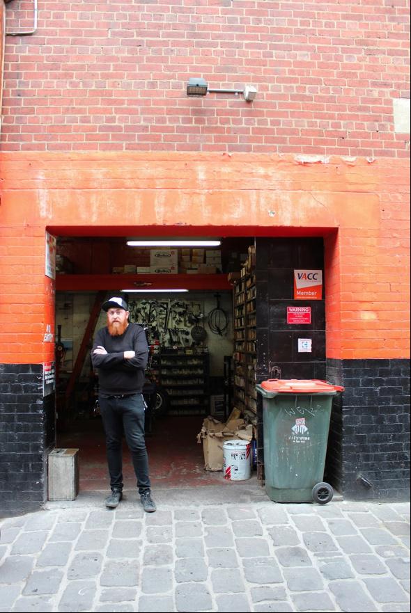 Quel garage !!!! - Page 9 Garage10