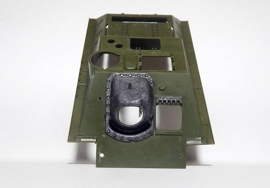 СУ-100, Т-34\85 (ЗВЕЗДА 1:35, снятые с призводства) на сентябрь 1944, Т-34\85 (MSD 1:35) завода 122 с башней завода 75. Dscn5811